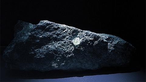 原石の誕生