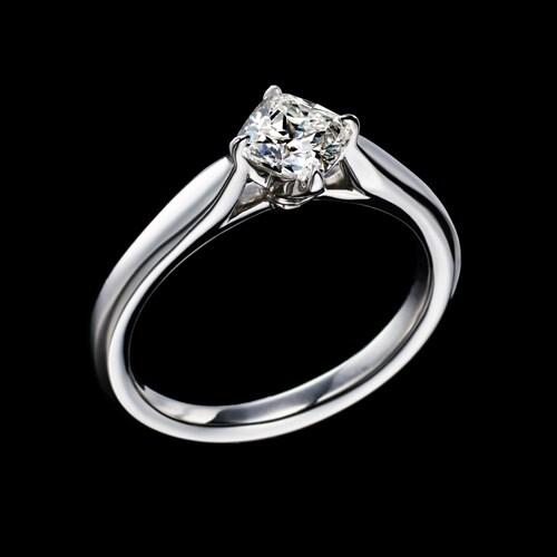新作エンゲージリング(婚約指輪)「Bell Fabiola(ベル ファビオラ)」