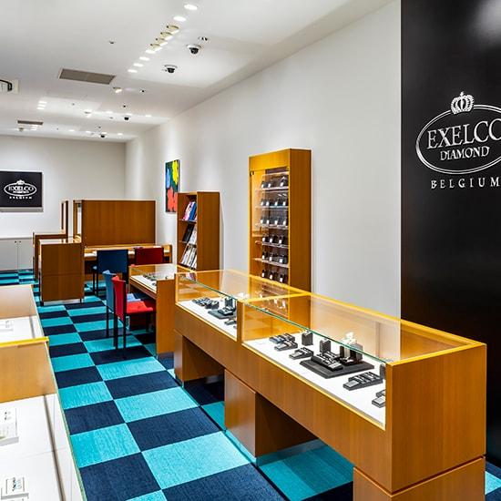 エクセルコ ダイヤモンド 博多マルイ店の内観